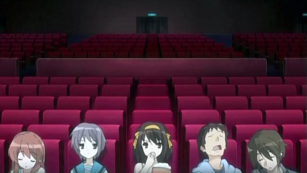 Eine Kinokarte in Japan kostet an die 1'800 Yen - 13 Euro. True story.